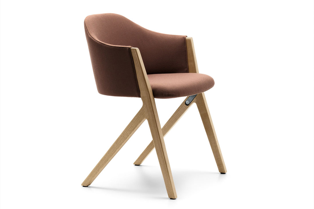 397 m10 zucchi arredamenti for Rivenditori sedie