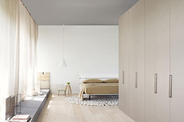 Tadao flou italy interior design for Outlet letti flou