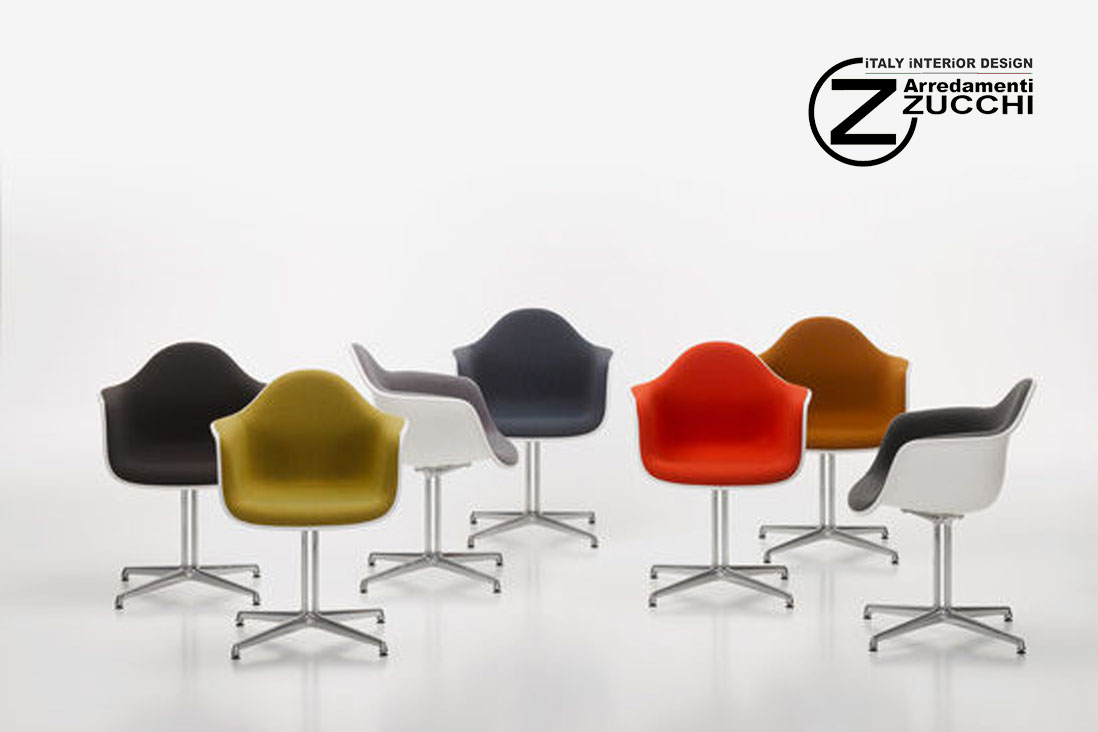 Eames plastic armchair dal vitra italy interior design for Sedie design eames