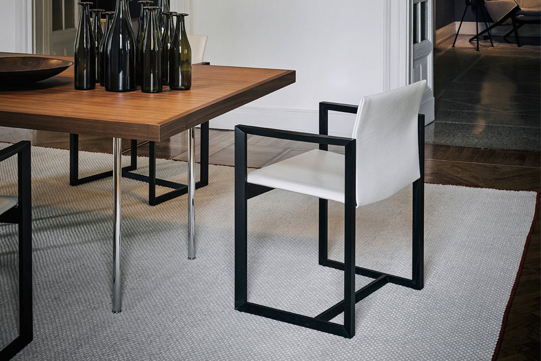 Eve cassina italy interior design for Cassina italy