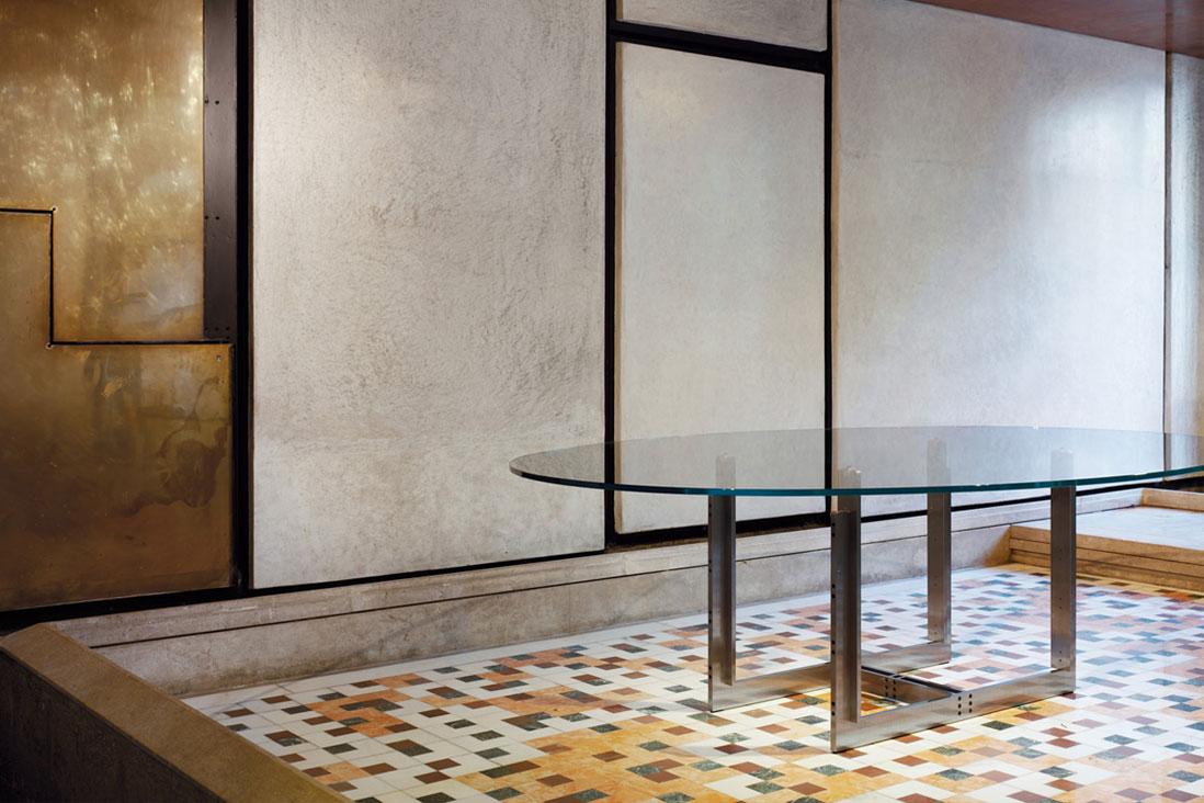 Sarpi - Cassina - Italy Interior Design