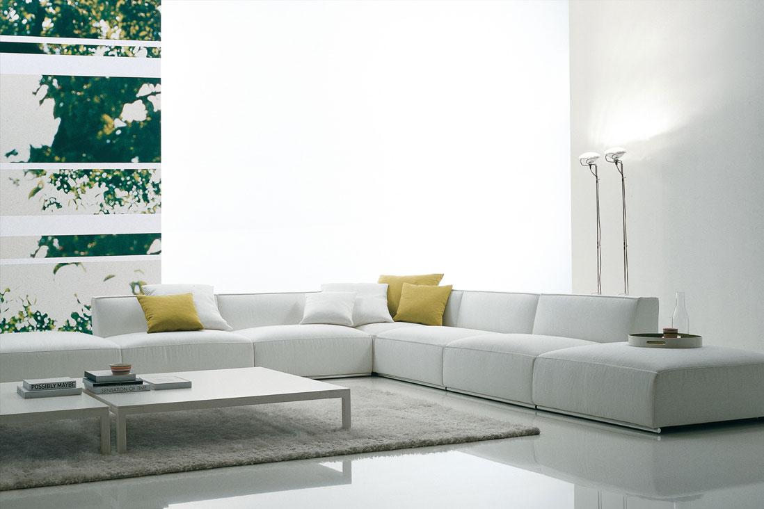 Shangai poliform italy interior design for Divani poliform outlet